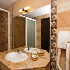 Отель Briz Beach Aparthotel Болгария, Солнечный берег - отзывы, цены и фото номеров - забронировать отель Briz Beach Aparthotel онлайн ванная