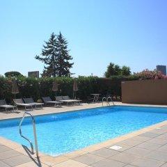 Отель Kyriad Cannes Mandelieu бассейн фото 2