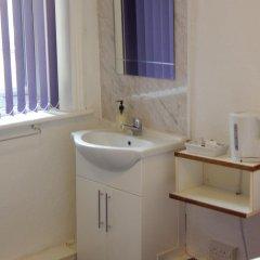 Отель Llanryan Guest House 3* Стандартный номер с различными типами кроватей фото 3