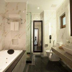 Отель Earl's Regency ванная фото 2