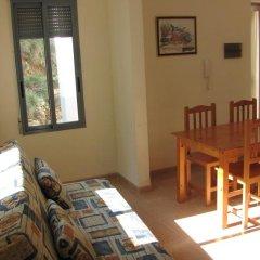Отель Apartamentos Fuente en Segures комната для гостей фото 2