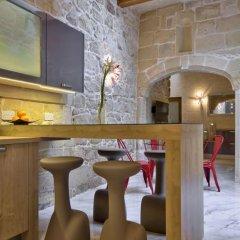 Отель Ta Rozamari гостиничный бар