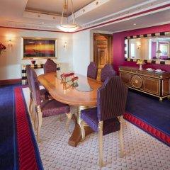 Отель Burj Al Arab Jumeirah 5* Люкс повышенной комфортности с различными типами кроватей фото 4