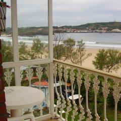 Отель Hostal Pineda балкон