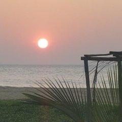 Отель Happy Beach Inn and Restaurant пляж фото 2