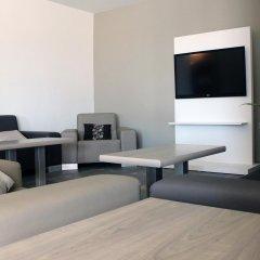 Отель Rocatel Испания, Канет-де-Мар - отзывы, цены и фото номеров - забронировать отель Rocatel онлайн комната для гостей