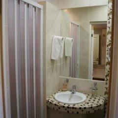 Мини-Отель Старый Город Номер Комфорт разные типы кроватей фото 6
