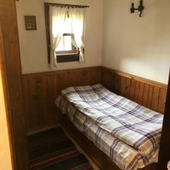 Отель Hadji Neikovi Guest Houses 2* Стандартный номер с различными типами кроватей фото 12