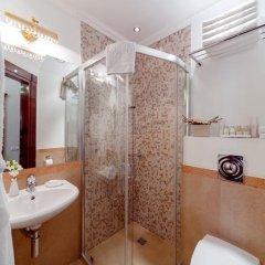 Бутик-Отель Золотой Треугольник 4* Улучшенный номер с различными типами кроватей фото 30