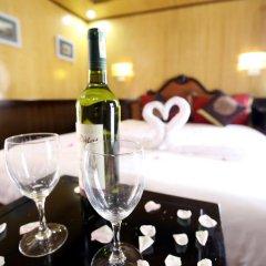 Отель Bai Tu Long Junks в номере