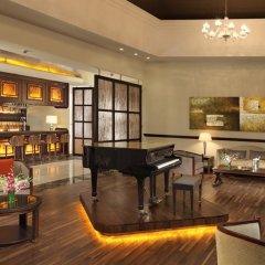 Отель Secrets St. James Ямайка, Монтего-Бей - отзывы, цены и фото номеров - забронировать отель Secrets St. James онлайн гостиничный бар фото 2