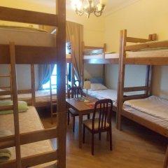 Томас Хостел Кровать в общем номере с двухъярусной кроватью фото 11