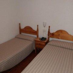 Отель Hostal Campoy Стандартный номер с двуспальной кроватью фото 4