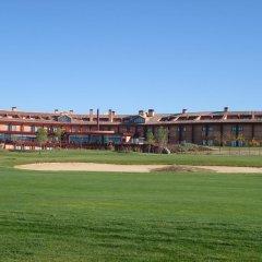 Отель Vita Toledo Layos Golf спортивное сооружение