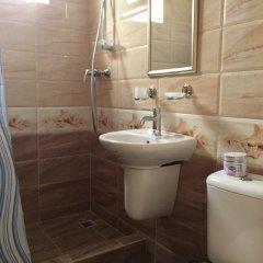 Гостиница Малахит ванная фото 2