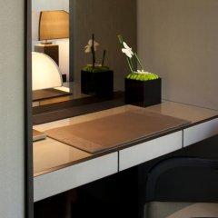 Armani Hotel Milano 5* Номер Делюкс с двуспальной кроватью фото 6