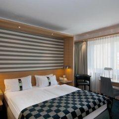 Отель Holiday Inn Vienna City 4* Стандартный номер с различными типами кроватей фото 10