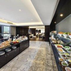 Marriott Hotel Al Forsan, Abu Dhabi 5* Улучшенный номер с различными типами кроватей фото 6