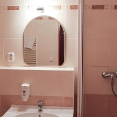 Hotel Inturprag 3* Номер Комфорт с двуспальной кроватью фото 7