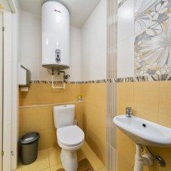 Гостиница HQ Hostelberry Кровать в общем номере с двухъярусной кроватью фото 48