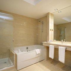Отель Castilla Termal Balneario de Solares 4* Стандартный номер с двуспальной кроватью фото 4