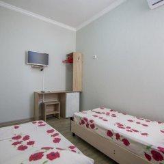 Гостевой Дом Лазурный Номер Эконом с 2 отдельными кроватями фото 4