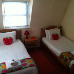 Отель Strawberry Fields 3* Стандартный номер с 2 отдельными кроватями фото 2