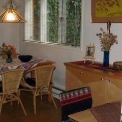 Отель Fraser Riverview Holiday Apartment Канада, Мэйпл-Ридж - отзывы, цены и фото номеров - забронировать отель Fraser Riverview Holiday Apartment онлайн интерьер отеля фото 3