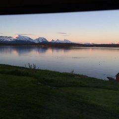 Отель Bustad Норвегия, Тромсе - отзывы, цены и фото номеров - забронировать отель Bustad онлайн приотельная территория фото 2