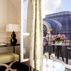Отель Grand Hôtel Du Palais Royal 5* Улучшенный номер с различными типами кроватей фото 4