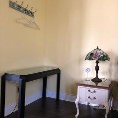Отель Blue Gables Bed and Breakfast 3* Люкс с различными типами кроватей фото 12