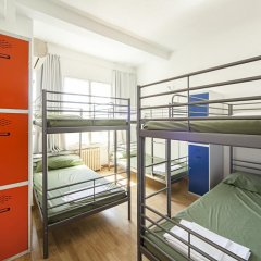 Отель Madrid Motion Hostels балкон
