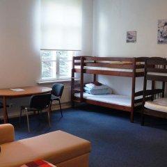 Aquamarine Pirita Hotel 3* Кровать в общем номере с двухъярусной кроватью фото 2