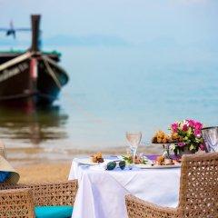 Отель Maikhao Dream Luxury Yacht