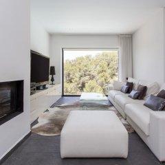 Отель Architecture Villa In Sitges Hills Оливелла комната для гостей фото 5