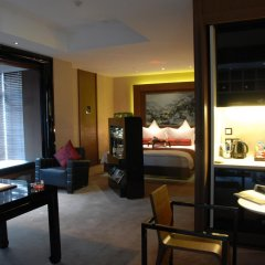 Pudi Boutique Hotel Fuxing Park Shanghai 4* Люкс повышенной комфортности с различными типами кроватей фото 4