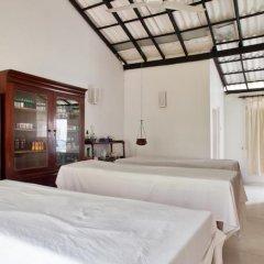 Отель Chitra Ayurveda Hotel Шри-Ланка, Бентота - отзывы, цены и фото номеров - забронировать отель Chitra Ayurveda Hotel онлайн комната для гостей фото 5