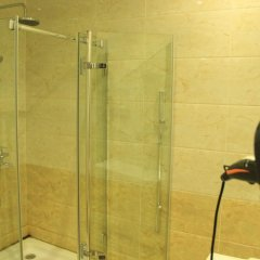 Отель Izum ванная фото 2
