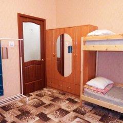 Hostel Feelin Кровать в женском общем номере с двухъярусной кроватью