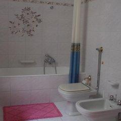 Отель Casa Tre Rose Италия, Поццалло - отзывы, цены и фото номеров - забронировать отель Casa Tre Rose онлайн ванная фото 2