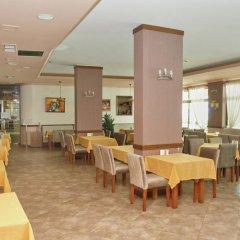 Отель in Grenada Болгария, Солнечный берег - отзывы, цены и фото номеров - забронировать отель in Grenada онлайн питание фото 2