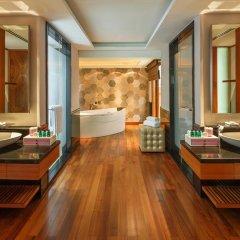 Отель Sofitel Singapore Sentosa Resort & Spa 5* Вилла с различными типами кроватей фото 9