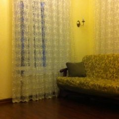 Апартаменты Greek Square Apartment - Odessa комната для гостей фото 3