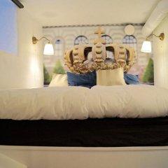 Отель Hotell Skeppsbron 2* Стандартный номер с двуспальной кроватью (общая ванная комната) фото 8