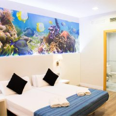 Отель Hostal Boqueria Стандартный номер с двуспальной кроватью фото 19
