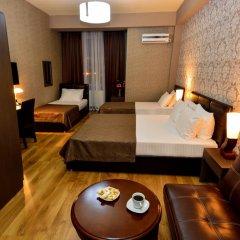 Hotel Diamond Dat Exx Company 3* Стандартный семейный номер с двуспальной кроватью фото 2