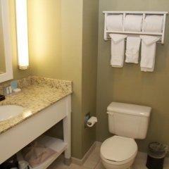 Отель Hampton Inn & Suites Chicago Downtown 3* Стандартный номер с различными типами кроватей фото 2