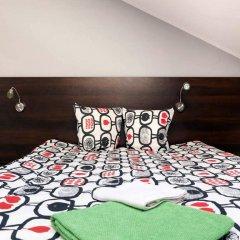 Гостевой Дом Anton House Стандартный семейный номер с двуспальной кроватью (общая ванная комната) фото 9