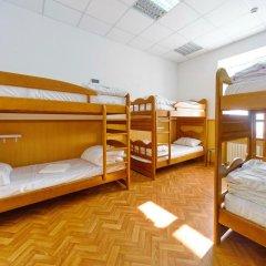 Хостел Кровать на Дерибасовской Кровать в женском общем номере фото 3