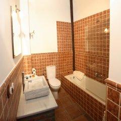 Отель Casa Rural Casa Adolfo Испания, Когольос - отзывы, цены и фото номеров - забронировать отель Casa Rural Casa Adolfo онлайн ванная
